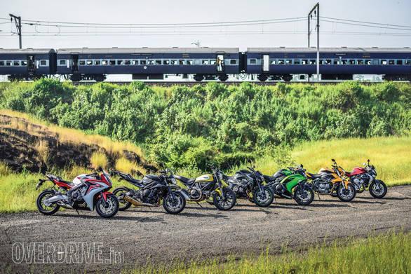 Honda CBR650F vs MV Augsta Brutale 800 vs Kawasaki Ninja 650 vs Kawasaki Z800 vs Ducati Scrambler vs Benelli TNT 600i vs Triumph Street Triple_32