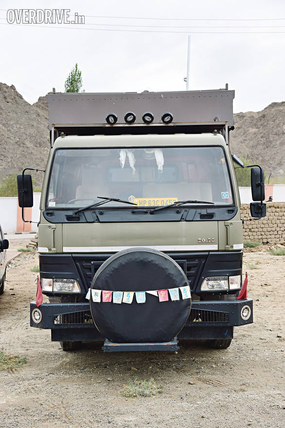 The only resemblance to the Eicher truck beneath lies in the face. Taurus is otherwise a much meaner looking machine