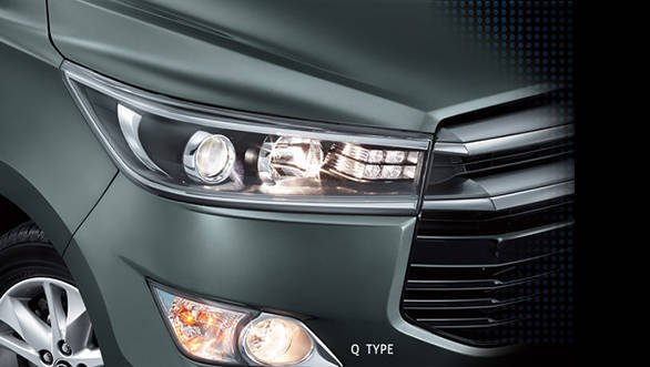 Toyota Innova 2016 (7)