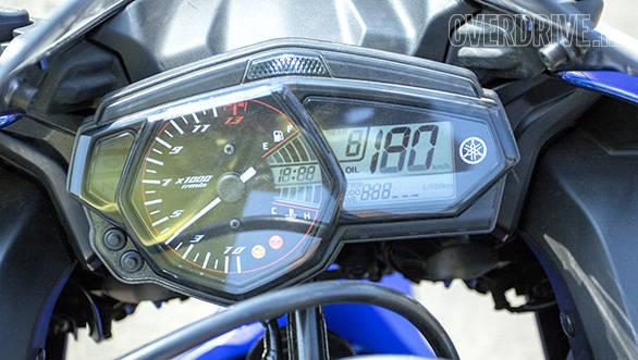 Yamaha YZF R3 (17)