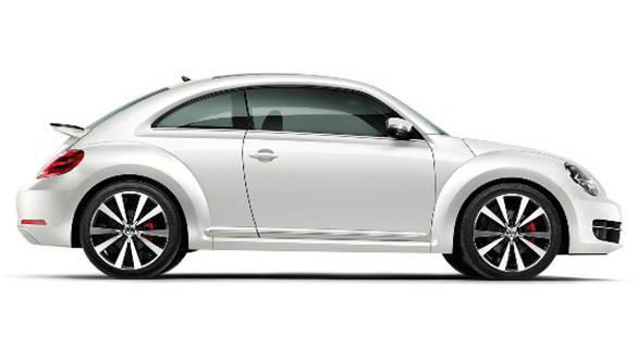 2015-Volkswagen-Beetle-2