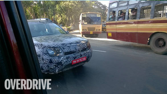 2016 Renault Duster spied (5)