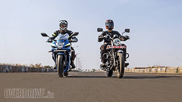 Comparo: Bajaj Avenger Street 150 vs Suzuki Gixxer SF