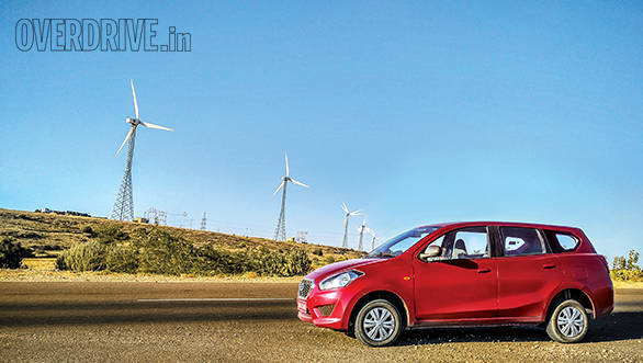 Advertorial: Tracing the origins of hookah in Jaisalmer with the Datsun Go+