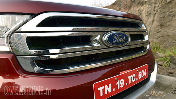 New grille of the 2016 Ford Endeavour is smaller than the outgoing model