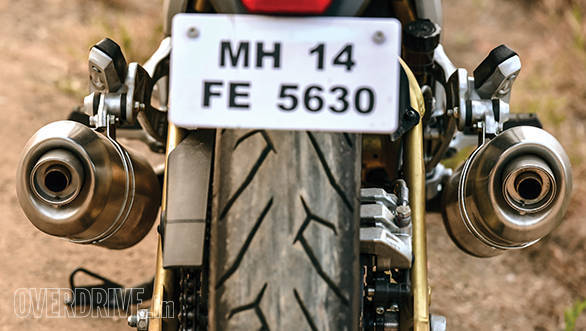 The Mojo's Pirelli rubber is excellent and a vital contributor to the bike's handling capability