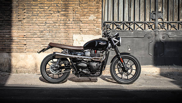 Triumph Street Twin with the Scrambler Inspiration Kit