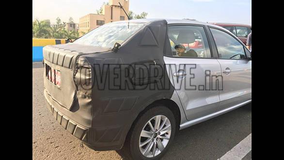Volkswagen small car 11 (2)