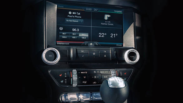 2016 Ford Mustang Interiors (3)