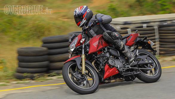 2016 TVS Apache RTR 200 (10)