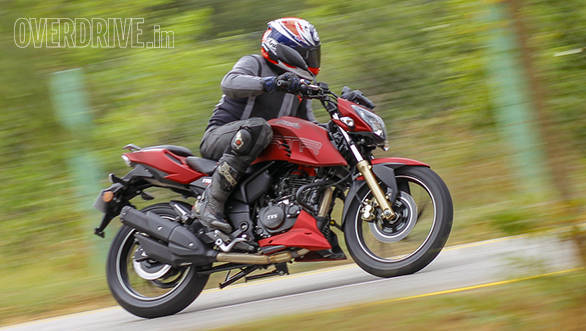 2016 TVS Apache RTR 200 4V first ride review