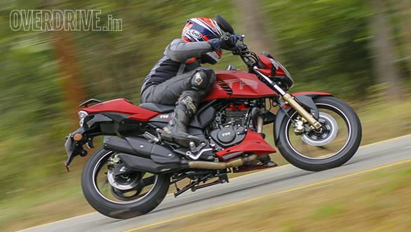 2016 TVS Apache RTR 200 (7)
