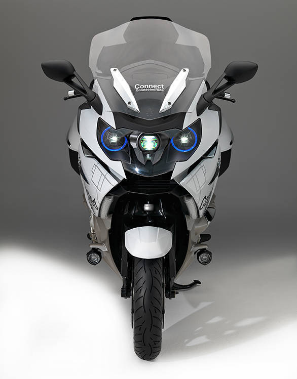 BMW K1600 GTL with laser headlights_croped