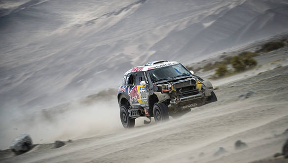 Nasser Al-Attiyah making good progress even with half his car missing