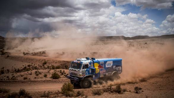 Second stage win of the 2016 edition of the Dakar for Eduard Nikolaev in the Kamaz