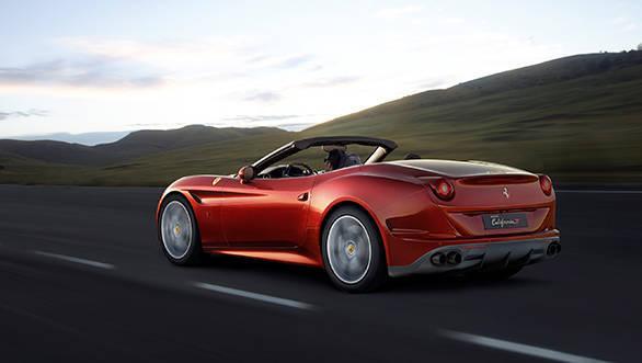 Ferrari California T (1)