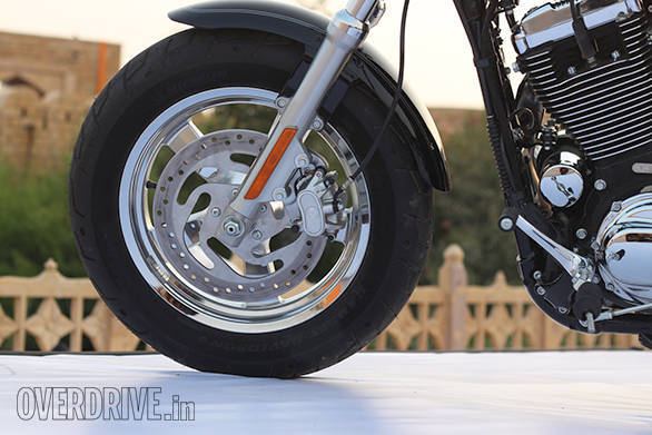 The discs are bigger for this model year and the front forks on the Harley-Davidson 1200 Custom are now cartridge units