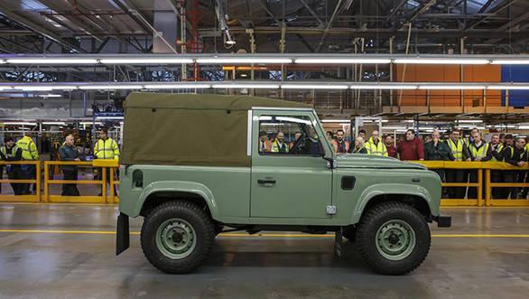 Land Rover Defender (3)