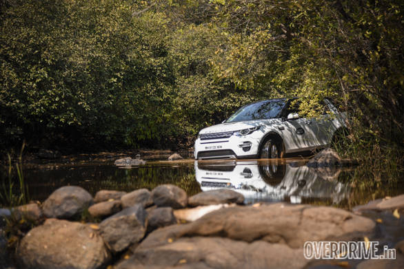 Land Rover Discovery Drive (10)