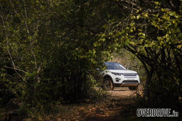 Land Rover Discovery Drive (3)