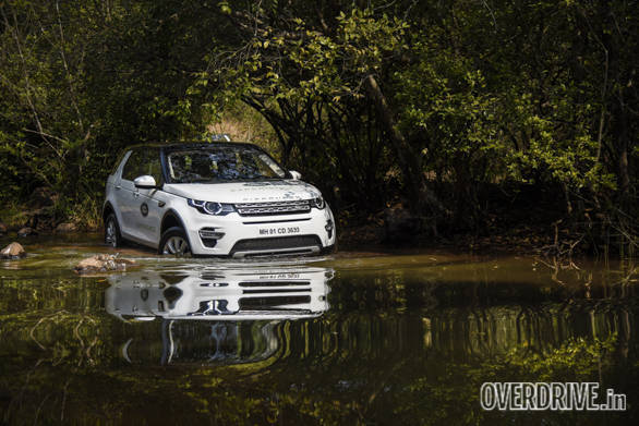 Land Rover Discovery Drive (5)
