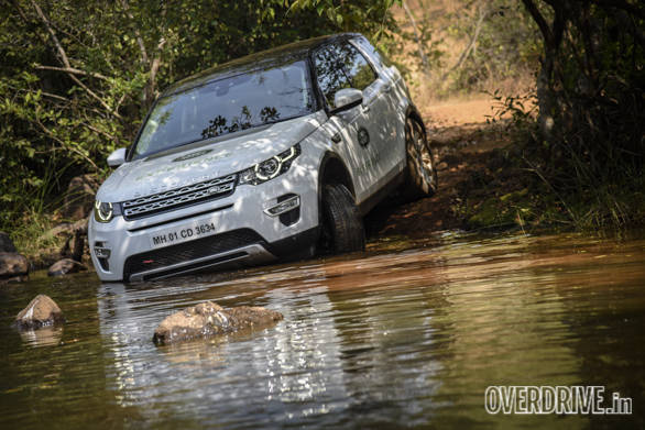 Land Rover Discovery Drive (7)