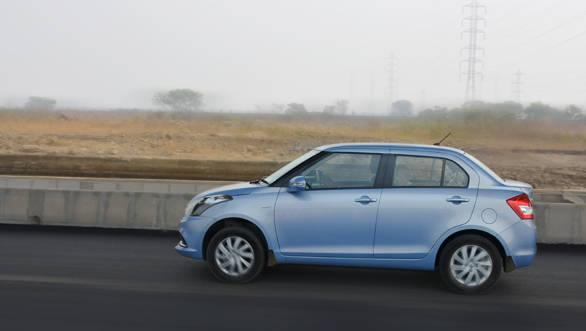 Maruti Suzuki DZire AMT (2)