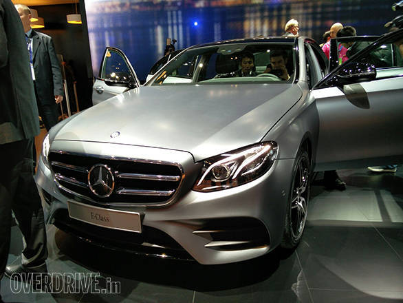 Mercedes-Benz E-400 Detroit Motor Show (8)