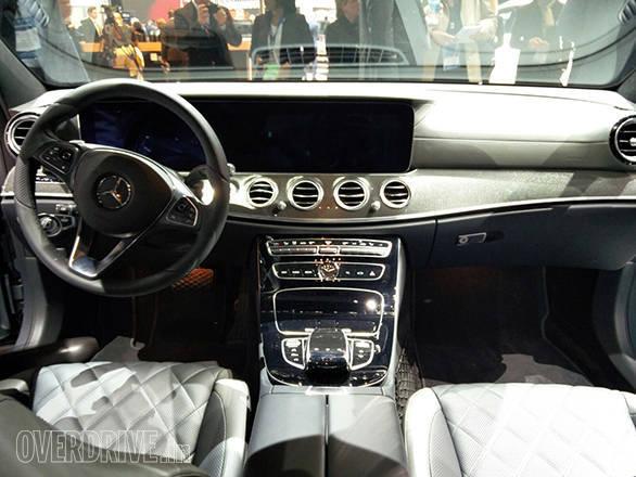 Mercedes-Benz E-400 Detroit Motor Show (9)