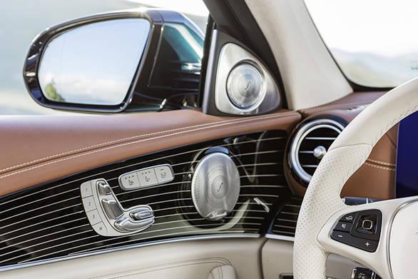 Mercedes-Benz E-Class (4)