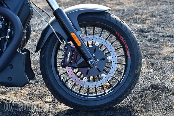 Moto Guzzi Audace (13)