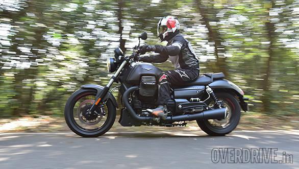 Moto Guzzi Audace (27)