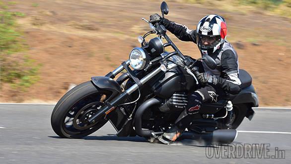 Moto Guzzi Audace (29)