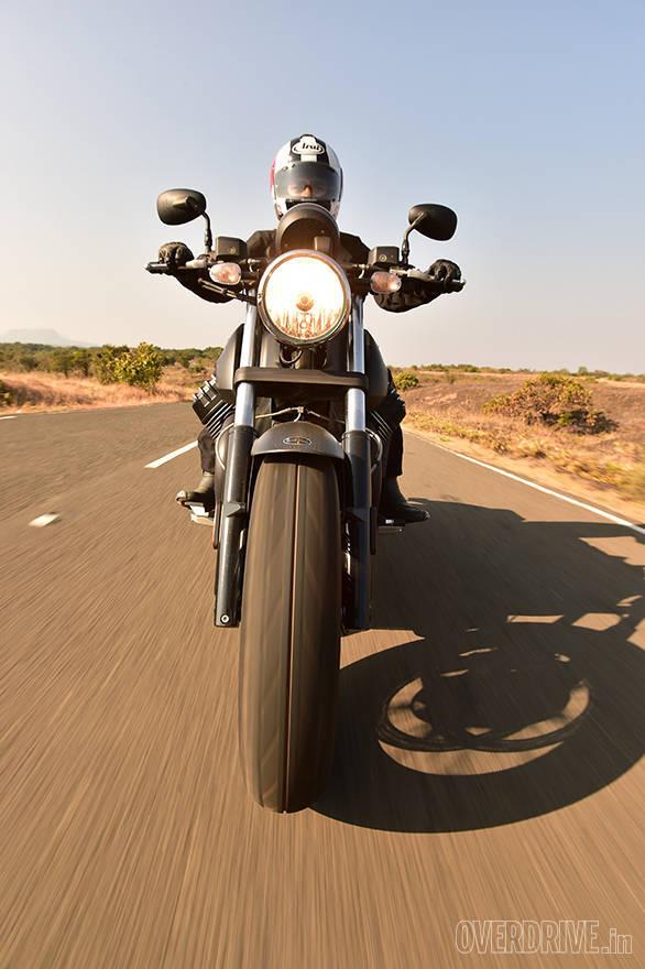 Moto Guzzi Audace (3)