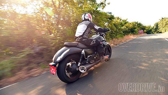 Moto Guzzi Audace (4)