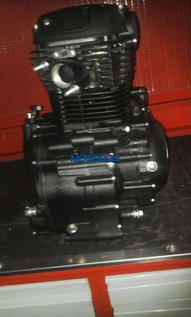 Royal-Enfield-Himalayan-Engine-1-616x1024
