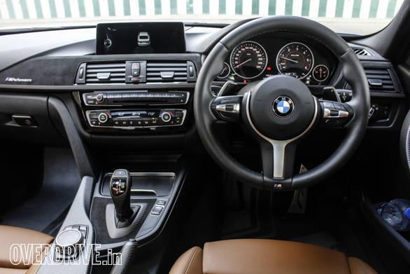 2016 BMW 3 Series (26)