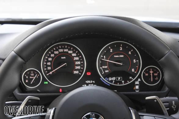 2016 BMW 3 Series (29)