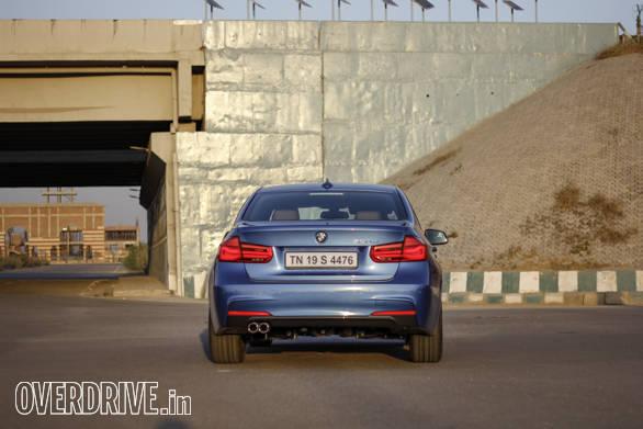2016 BMW 3 Series (77)