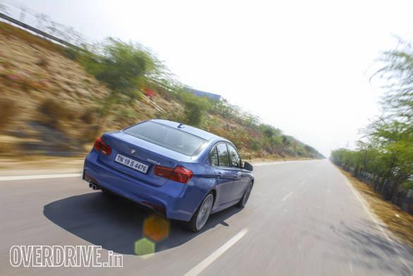2016 BMW 3 Series (99)
