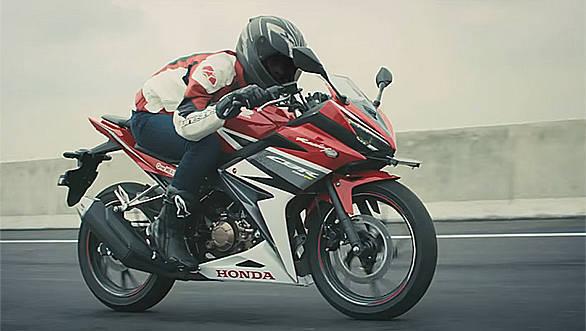 2016 Honda CBR 150R launch image