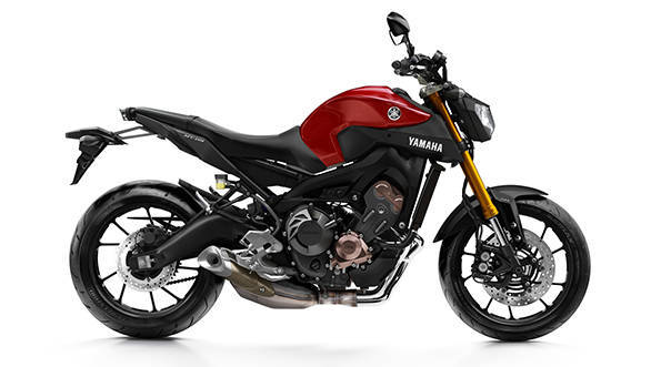 2016-Yamaha-MT-09-EU-Lava-Red-Studio-002