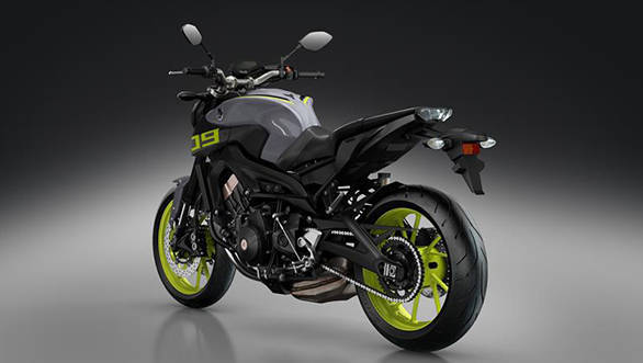 2016-Yamaha-MT-09-EU-Night-Fluo-VR360-017