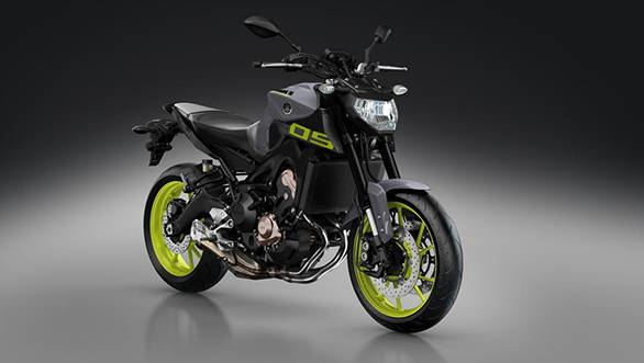 2016-Yamaha-MT-09-EU-Night-Fluo-VR360-035