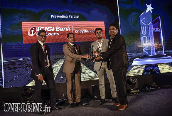 PP Automotive, Karnal getting the three-wheeler dealer of the year award by Bertrand D'Souza, chief editor, OVERDRIVE and  Anup Kumar Saha, general manager, ICICI Bank