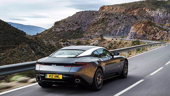 Aston-Martin-DB11_CS52