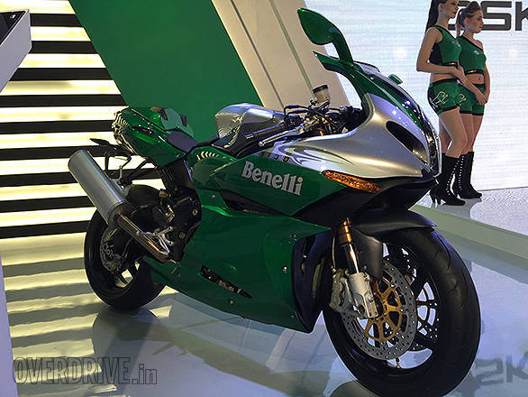 2016 Auto Expo: Benelli  unveils the TNT Naked T-135, BX 250, Tornado 302 and the TRK 502