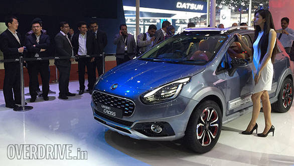 2016 Auto Expo: Fiat Avventura Urban Cross showcased