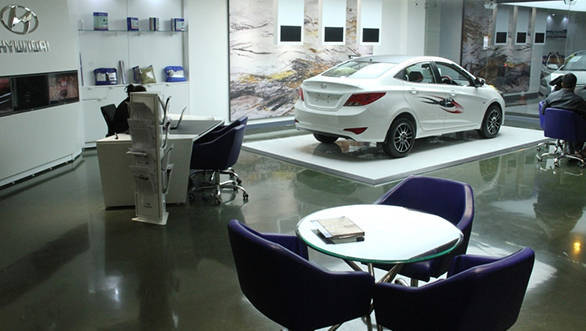 Hyundai Digital Experience Outlet 2