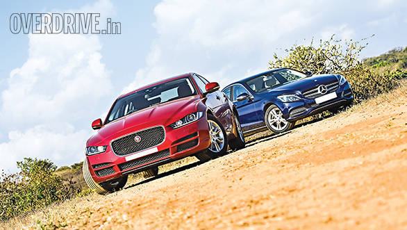 Jaguar XE vs Mercedes Benz C Class (12)